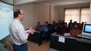 Eğitimlerle hizmet kalitesi yükseliyor