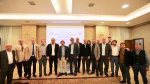 Vali Balkanlıoğlu Sakarya Müteahhitler Birliği Üyeleri İle İftar Sofrasında Buluştu