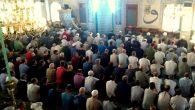 Arifiye'de Camiler doldu,Kurbanlar kesildi