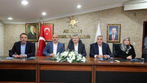 AK Parti hareketi hizmetin adıdır