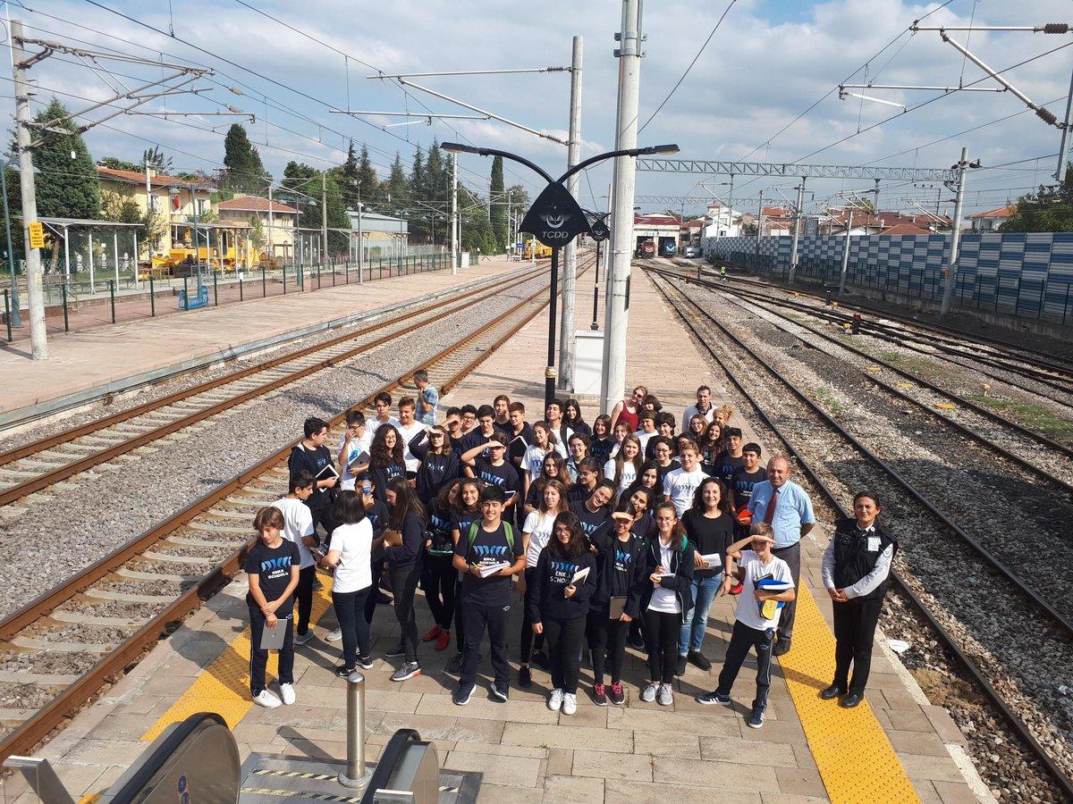 Adapazarı Enka Okulu Öğrencileri  Arifiye Tren İstasyonu gezi etkinliğine katıldılar