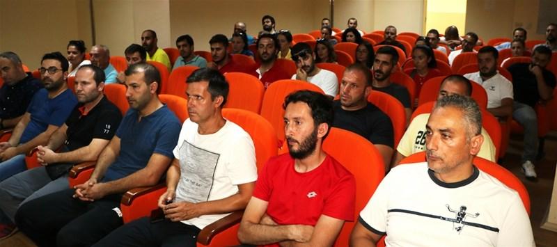 Antrenörler Değerlendirme Toplantısı Yapıldı
