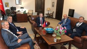 Hollanda Lahey Büyükelçisi Dişli'ye başarı dilediler