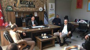 Arifiye ARSİADER'e İade-i ziyaretler