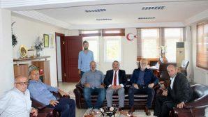 Dış Mekan Süs Bitkisi Üreticileri Dernek Yöneticilerinden Başkana teşekkür ziyareti
