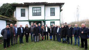 Abhaz ve Çerkezler'den Toçoğlu'na hizmet teşekkürü