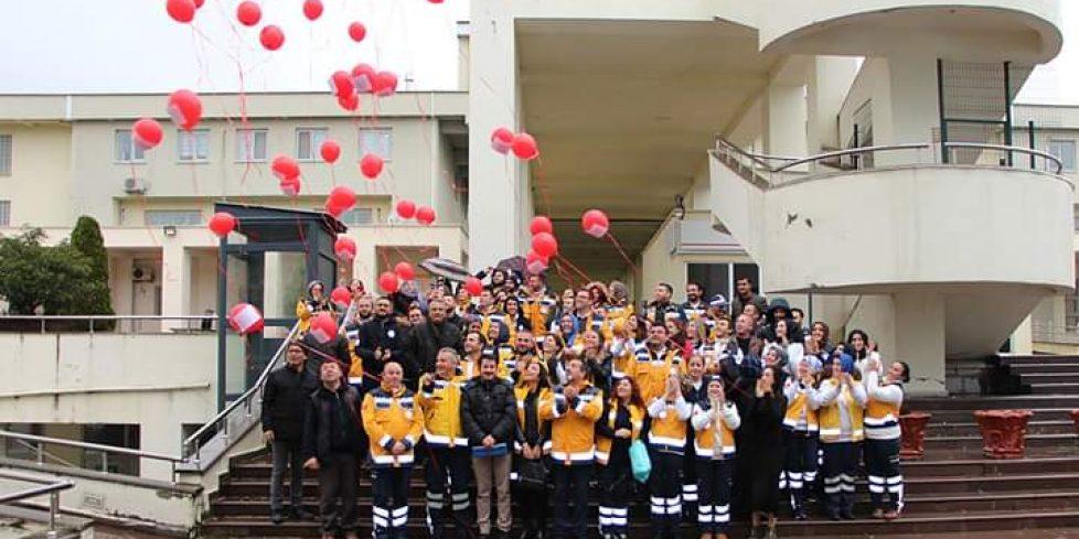 112 personelinden balonlu kutlama