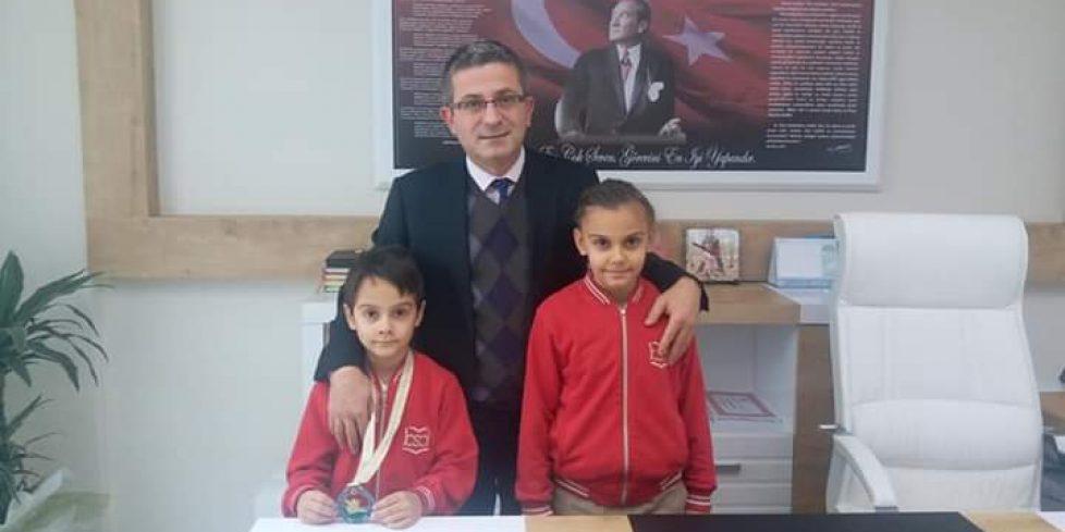 Arifiye Bekir Sıtkı'dan İki Türkiye Şampiyonu