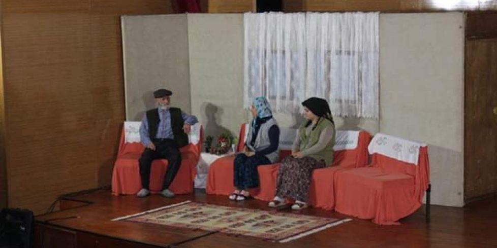 Ülkü Ocakları Genel Merkezi tiyatro ekibi,Arifiye'de Sahne aldı
