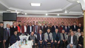 Ak Partinin Başkan Adayları Düşünce ve Dayanışma Platformu'nun konuğu oldu