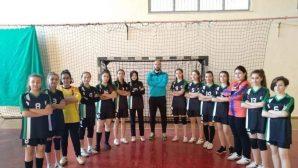 ÇAKMAK, Üzeyir Garih Ortaokulu Yıldız Kızlar Hentbol takımına başarı diledi
