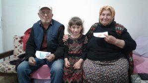Hacıköy İlkokulu Öğrencilerinden yaşlılara ziyaret