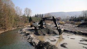 Sapanca Gölü'nü besleyen Kurtköy Deresi ıslah ediliyor