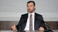 """""""Bir Mezunun Gözünden Kariyer Gelişimi"""" adlı konferans düzenlendi."""