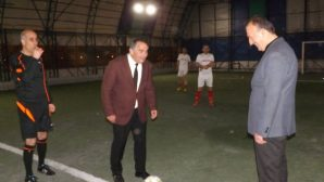 Kışlaçay Mahallesi Futbol Turnuvasında kupa töreni gerçekleşti