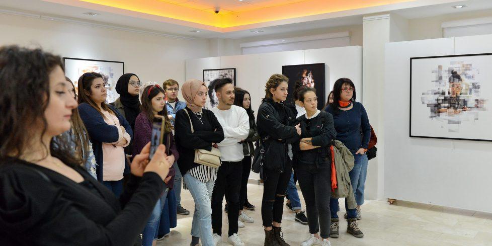 İzafi Portreler Sergisi Açıldı