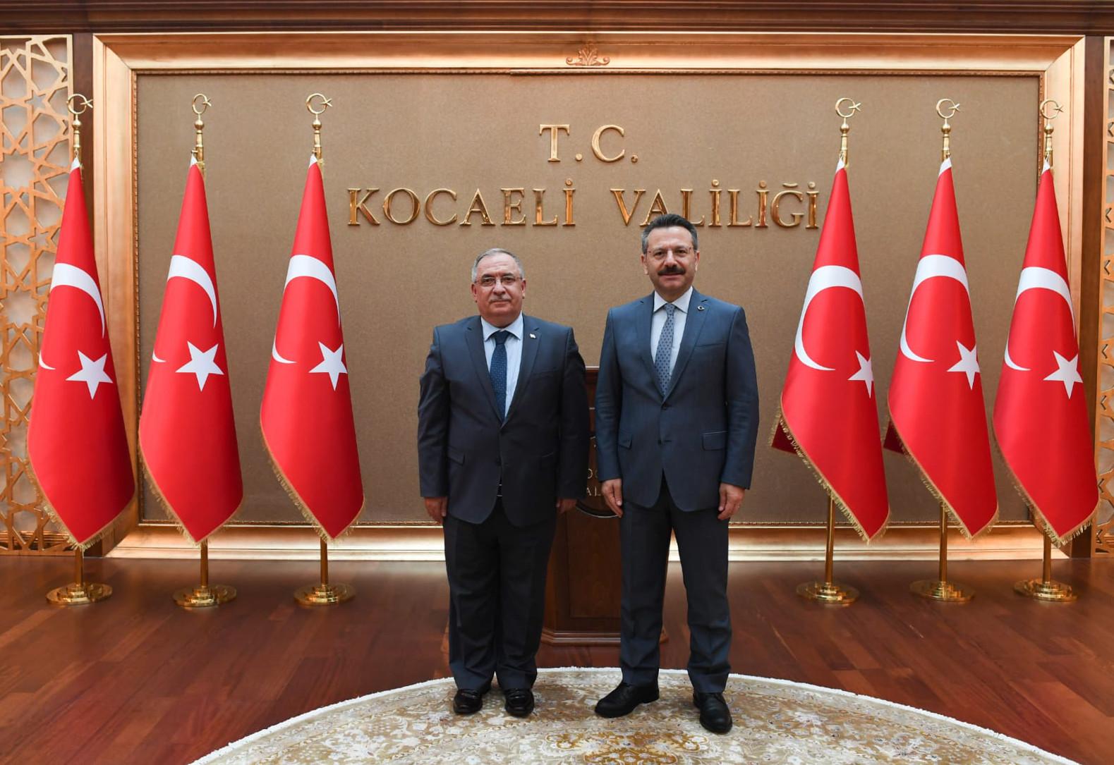 Vali Nayir'den Kocaeli Valisi ve Büyükşehir Belediye Başkanına ziyaret