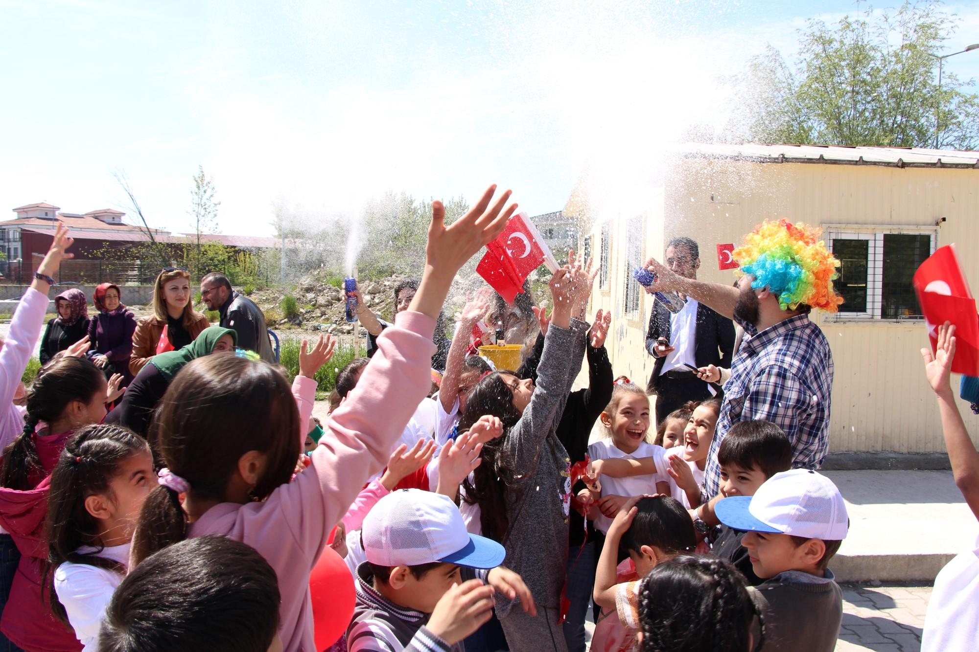 Çocuk Hakları Merkezi 23 Nisan'ı coşkuyla kutladı