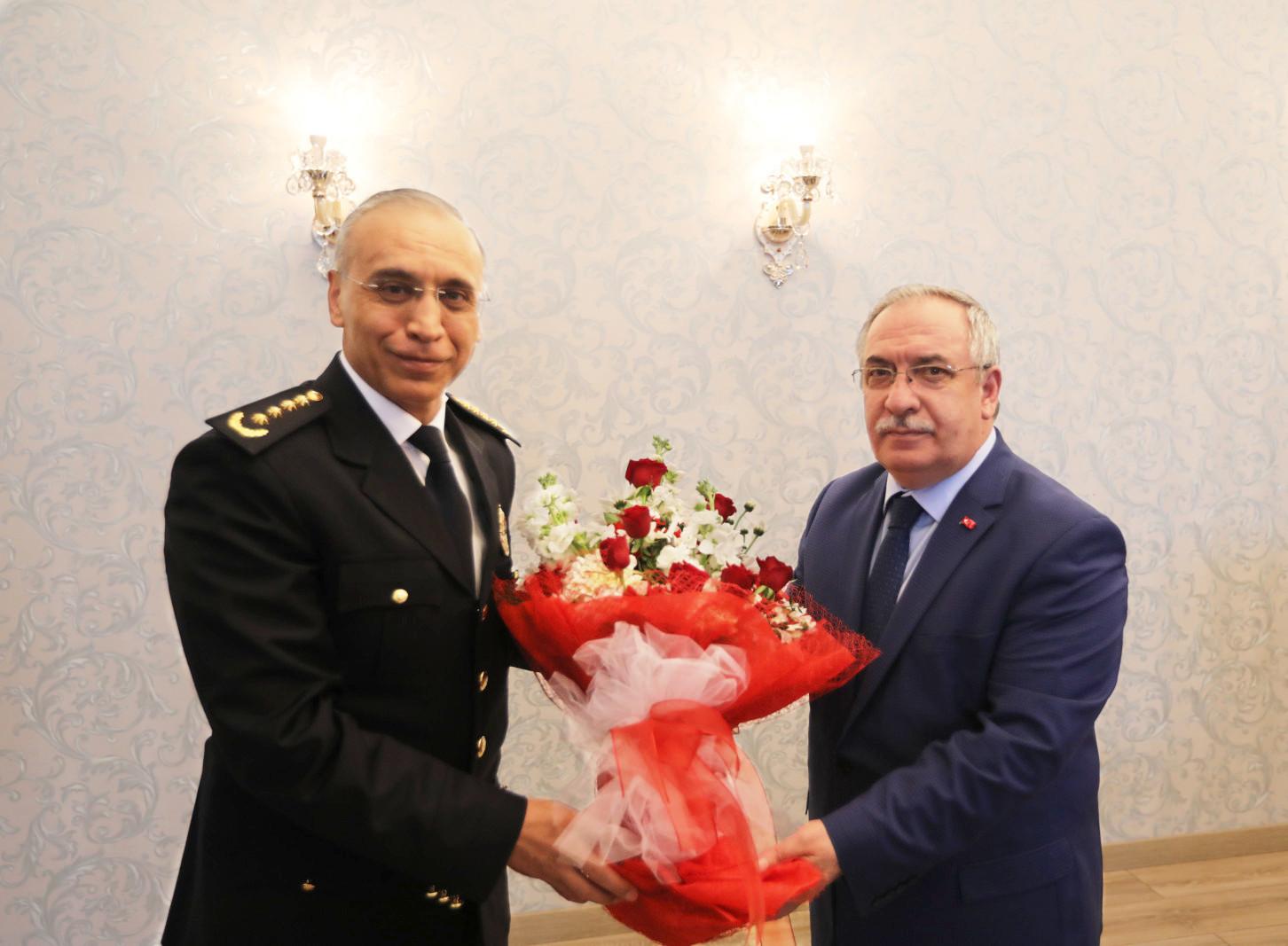 Emniyet Teşkilatından Vali Nayir'e Polis Haftası Ziyareti