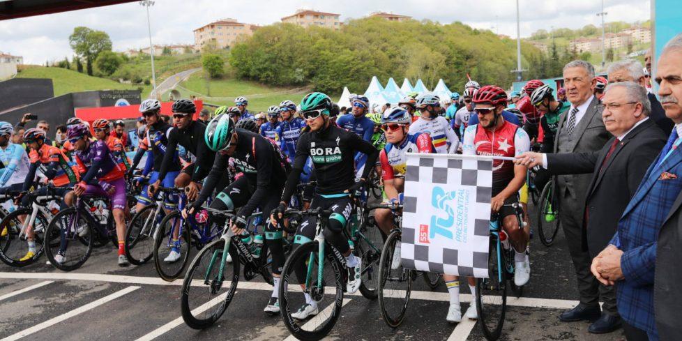 Cumhurbaşkanlığı Türkiye Bisiklet Turu'nun Son Startı Sakarya'dan Verildi