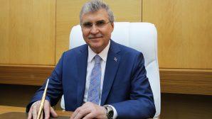 Sakarya Büyükşehir Belediye Başkanı Ekrem Yüce'den açık tribün açıklaması