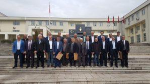 ARİFİYE MAHALLE MUHTARLARI MAZBATALARINI ALDI