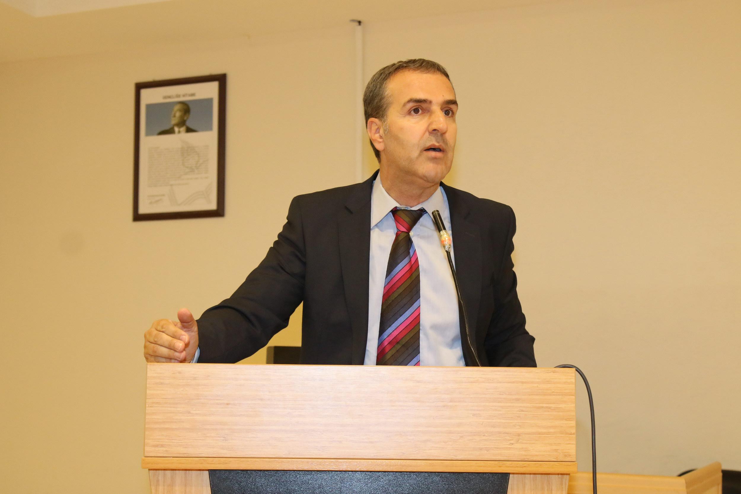 """""""Türkiye'nin Etki Sahası"""" başlıklı bir konferans düzenlendi."""