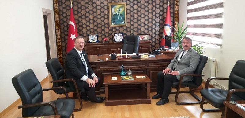 Başkan İsmail Karakullukçu'dan İade-i ziyaret.