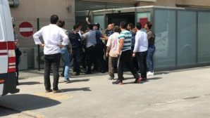 Çatışmada 4 kişi öldü, 2'si Polis,11 kişi yaralandı.