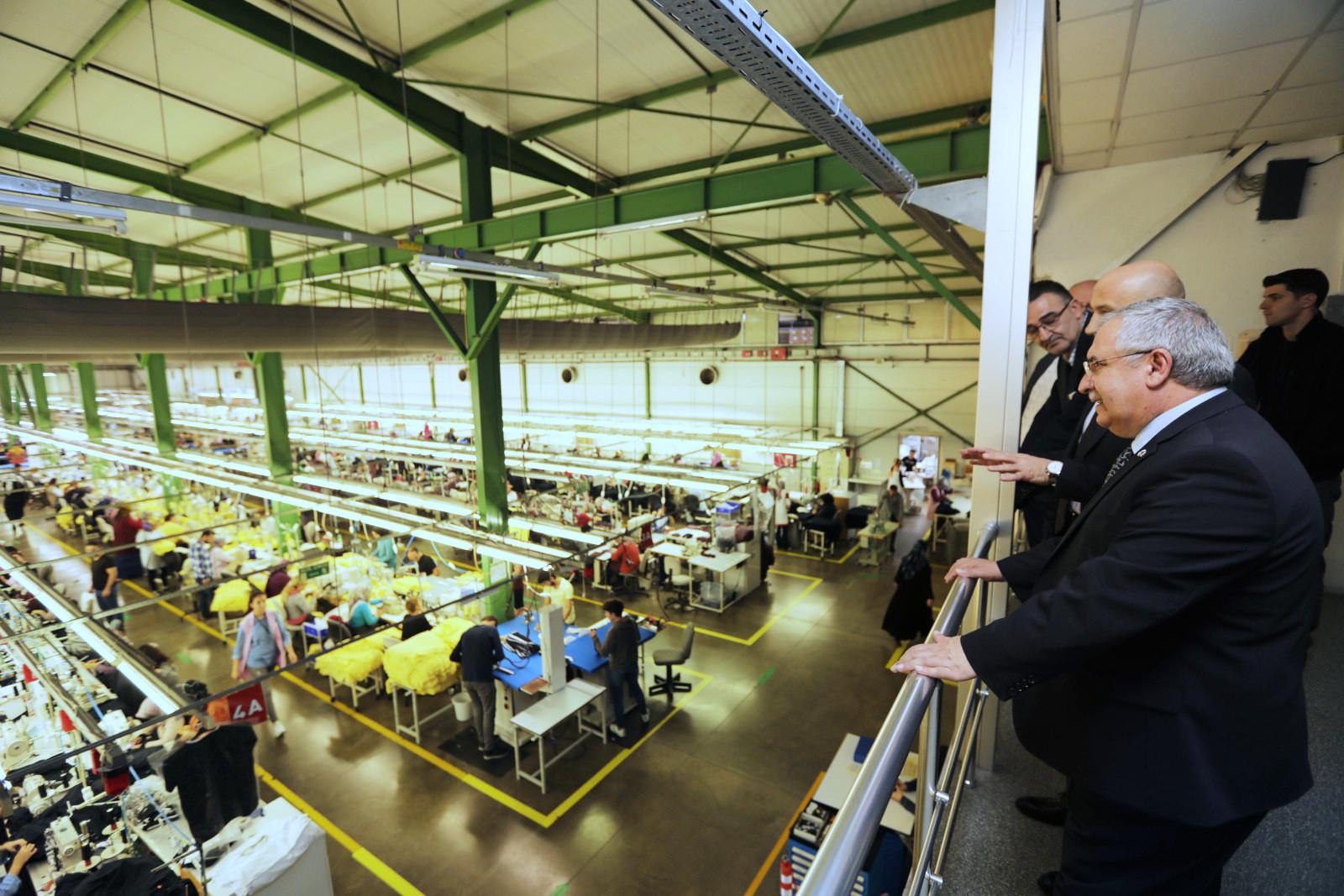 Vali Ahmet Hamdi Nayir, iş dünyası ziyaretlerine ilçemizde devam etti.