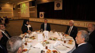 Ankara Sakaryalılar Vakfı'nın düzenlediği iftara katıldılar