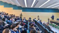 """""""Eğitimde Yeni Arayışlar"""" konferansına Gazeteci – Yazar Abbas Güçlü katıldı."""