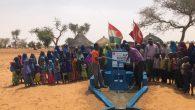 Müteahhitlerden örnek davranış  Afrika'da su kuyusu açtılar