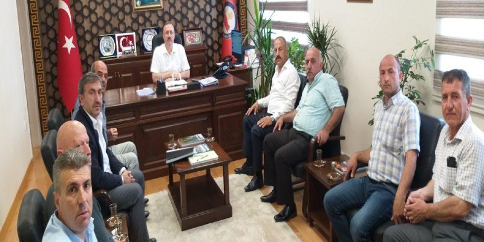 Arifiye Muhtarlar Derneği Yeni Yönetiminden Kaymakamımıza Ziyaret.