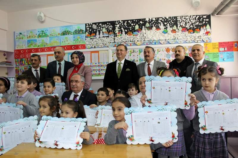 730 okulda 188 bin 116 öğrenci karne alacak
