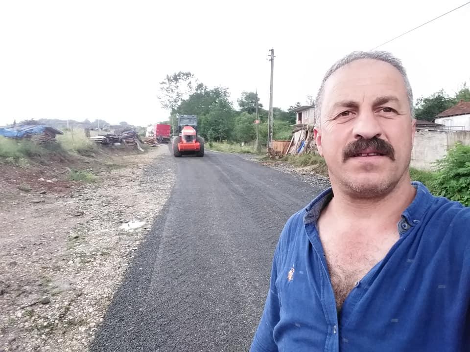 Cumhuriyet Mahallesinde yol çalışması