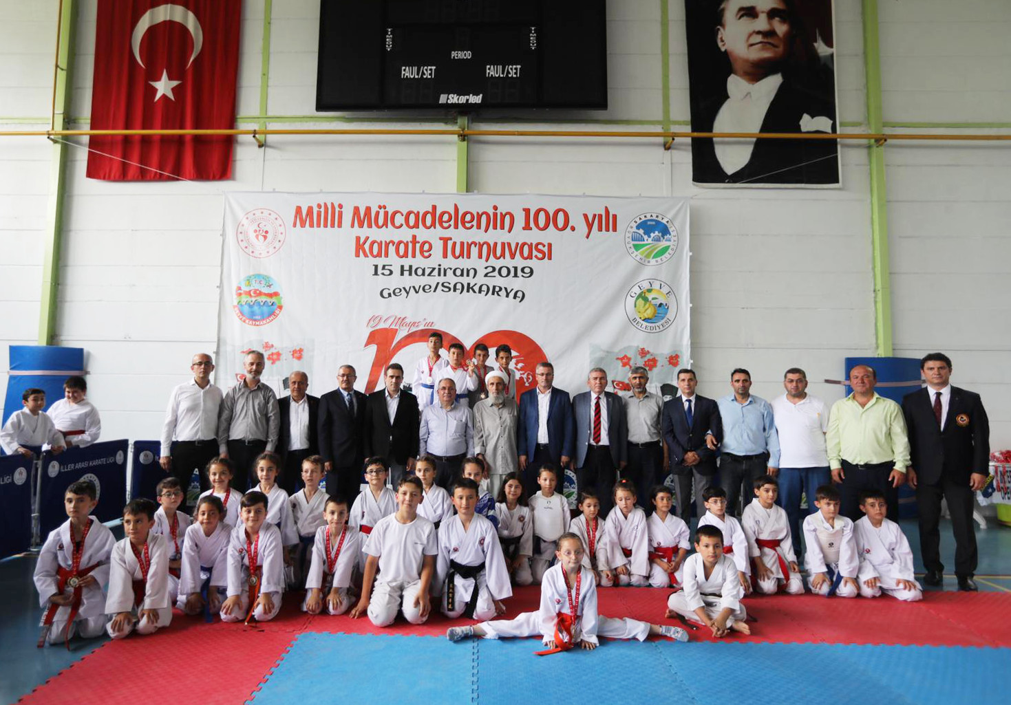 """""""Milli Mücadelenin 100. Yılı"""" İller Arası Karate Turnuvası Düzenlendi"""