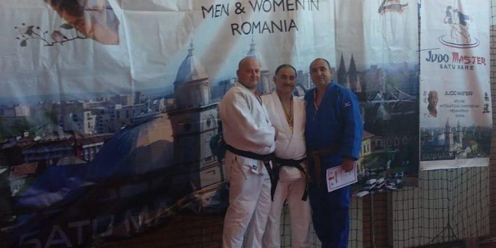 İlçemizden Bayram Akdemir, Romanya'da birinci oldu.