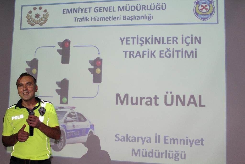 Öğretmenlere Trafik Eğitimi verildi.