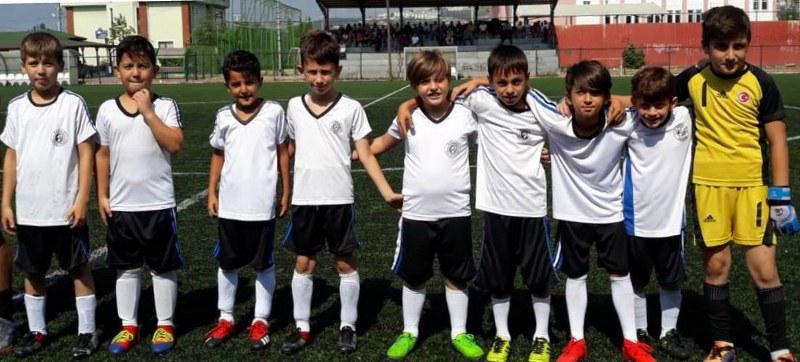 Arifiye'de gerçekleşen futbol şenliği büyük beğeni topladı.