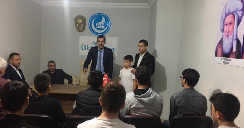 Soyhan'dan Arifiye MHP İlçe ve Ülkü Ocaklarına ziyaret