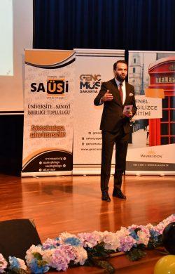 Sakarya Üniversitesi Sanayi İşbirliği Topluluğu (SAÜSİ) tarafından Otomotiv Zirvesi düzenlendi
