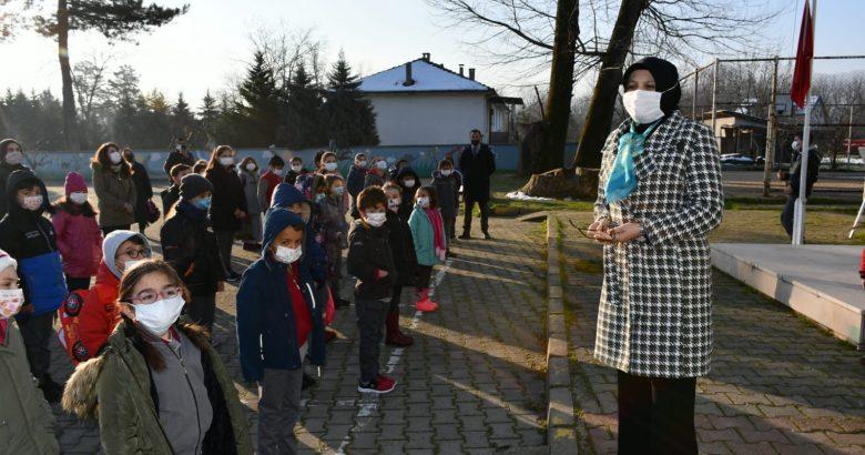 Okullarda Yüz Yüze Eğitim Şenlik Havasında Başladı