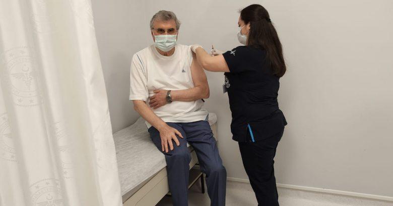 Başkan Yüce, Covid 19 aşısı oldu