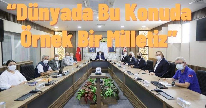 Vali Kaldırım Yardım Kampanyası Toplantısına Başkanlık Etti
