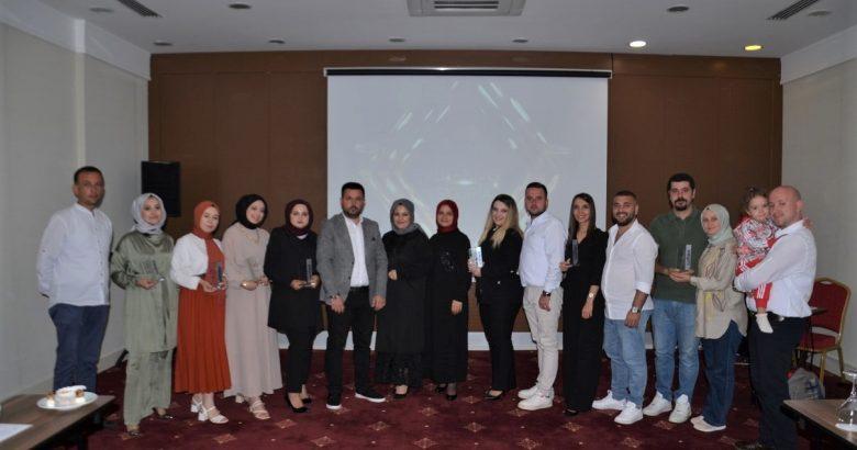 Adafinans Sigorta Performans Ödülleri sahipleriyle buluştu