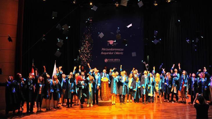 Sakarya Üniversitesi 2016-2017 Eğitim-Öğretim Yılında dereceye girenler belli oldu.