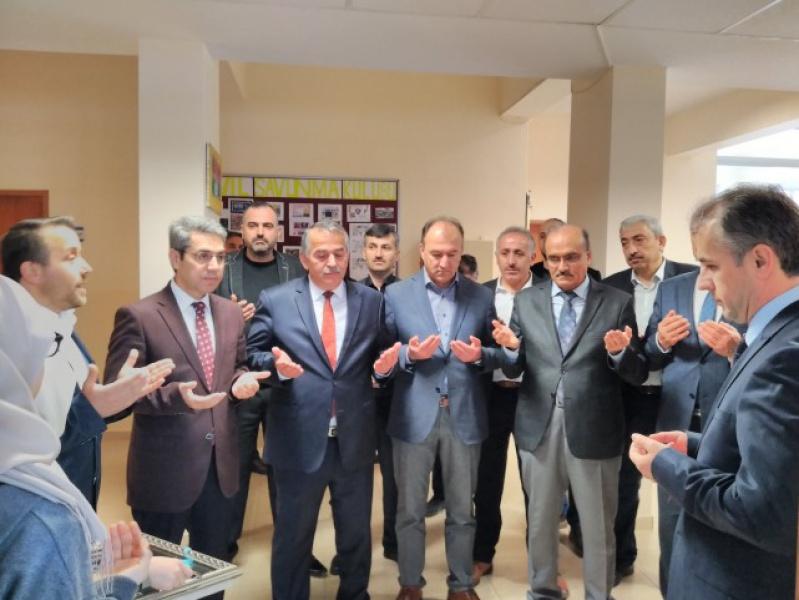 Arifiye Osman Öztürk İHO'da Z Kütüphane açıldı