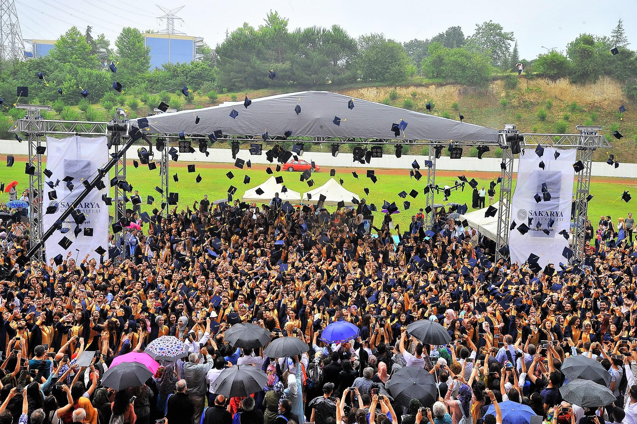 SAÜ Mezuniyet Törenleri 29 Haziran'da Başlıyor