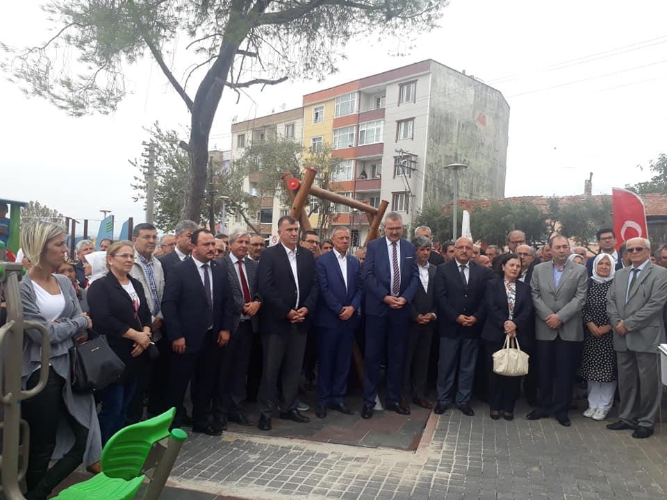 Arifiye Mezunu Somuncuoğlu'nun adının verildiği park Karacabey'de açıldı